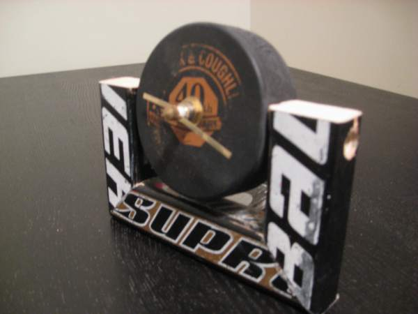 hockey puck desk clock
